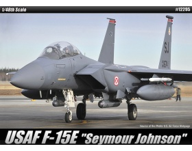 F-15E SEYMOUR JOHNSOR 1:48| Academy 12295