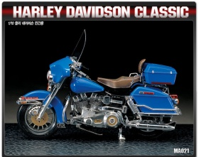 Harley Davidson Classic 1:10 | Academy 15501