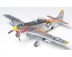 North American F-51D Mustang Korean War 1:48 | Tamiya 61044